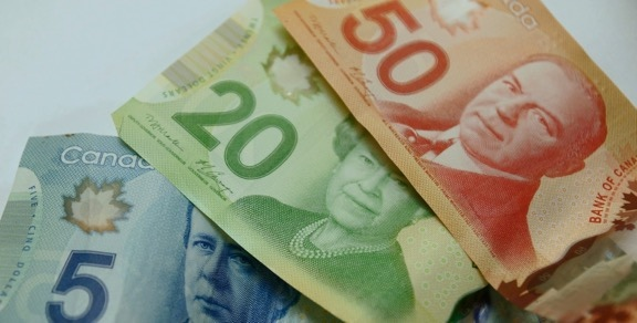 /Portals/0/EasyDNNRotator/429/News/aid3586Canadian-Money.jpg